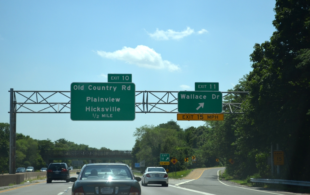 Riding the Seaford-Oyster Bay Expressway, Southern State Parkway, and Wantagh Parkway (4/6)