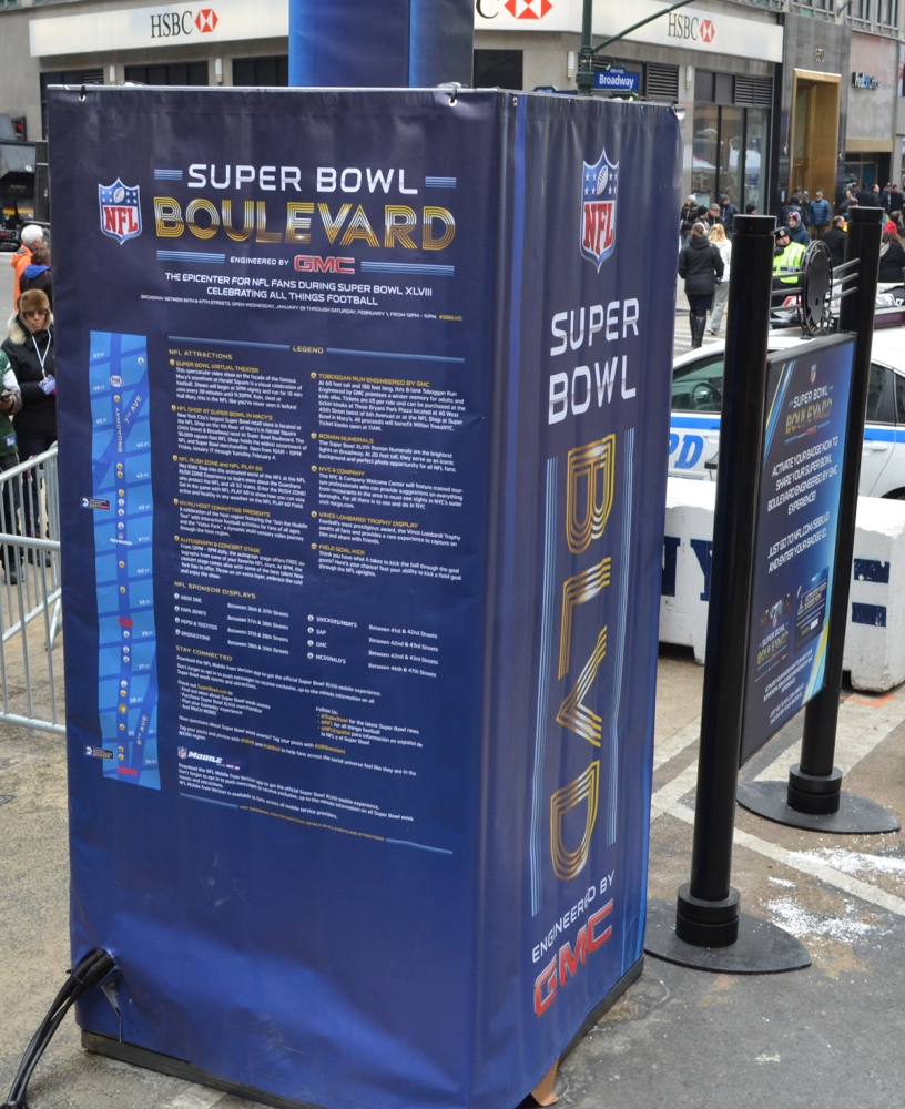 My trip up Super Bowl Boulevard (5/6)