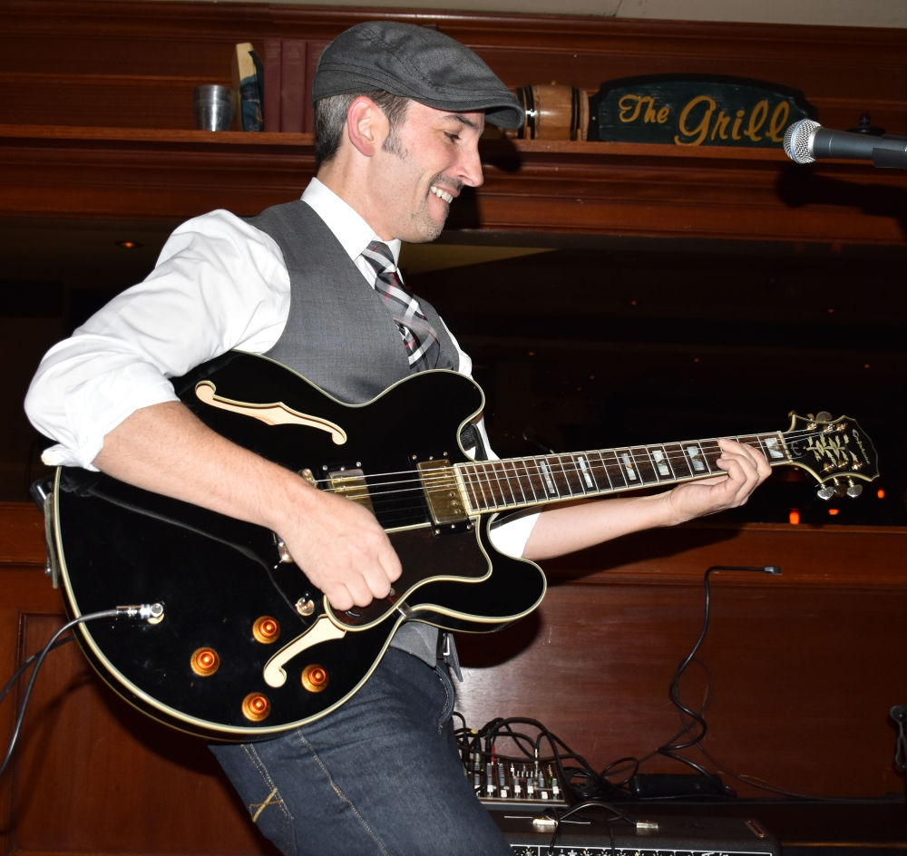 Matt Marshak at Houndstooth Pub: 2015 edition (1/6)
